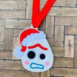ITH – Utensil Toy Santa Hat Ornament 4×4 – Digital Embroidery Design
